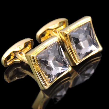 Spinki do mankietów z magicznym kryształem